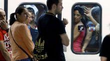 aglomeraciones-metro-madrid-segunda-jornada_mdsima20120921_0239_32